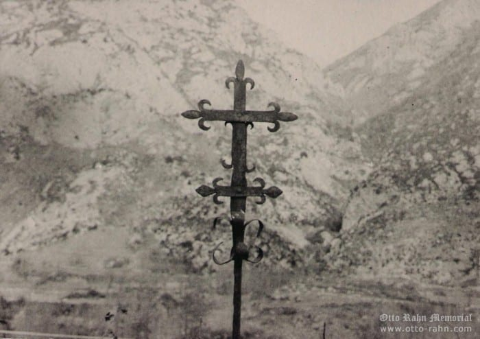 Cathar cross – Lordat, photographed  by Otto Rahn (circa 1932)